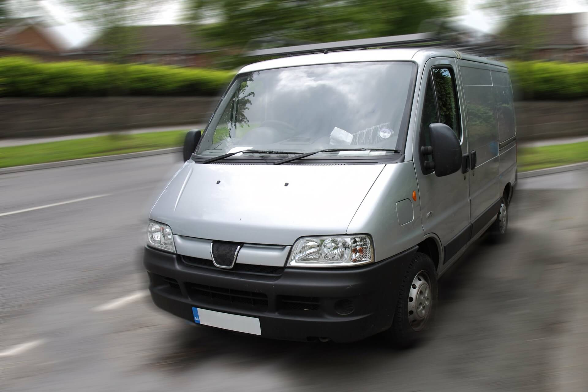 Should you use a Man with a Van Hire or a Removals Service